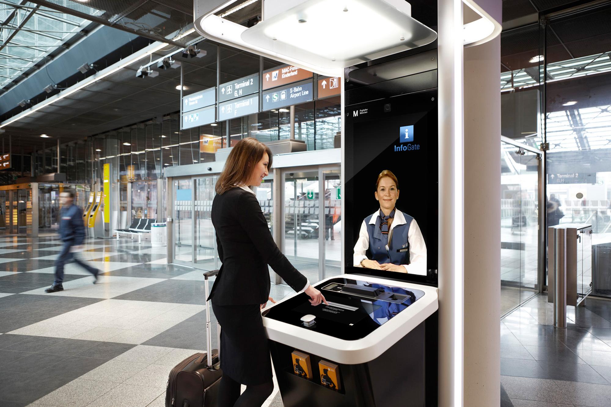 InfoGate_Flughafen_Muenchen_gr